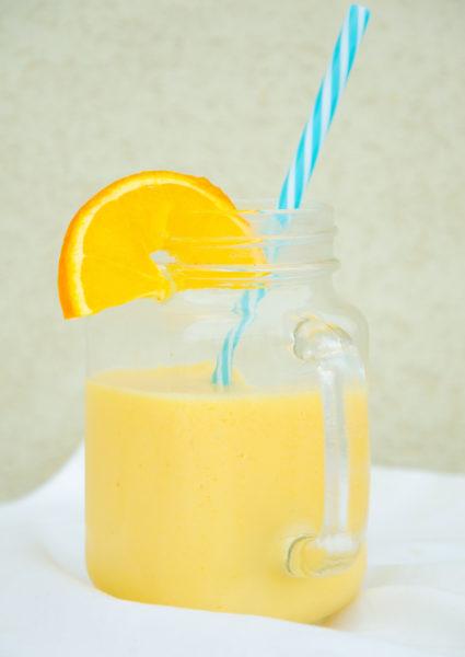 Apelsinsmoothie med mango