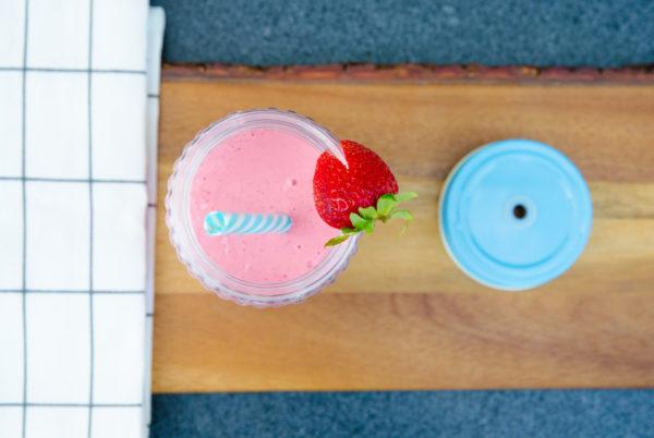 Enkel jordgubbsmilkshake