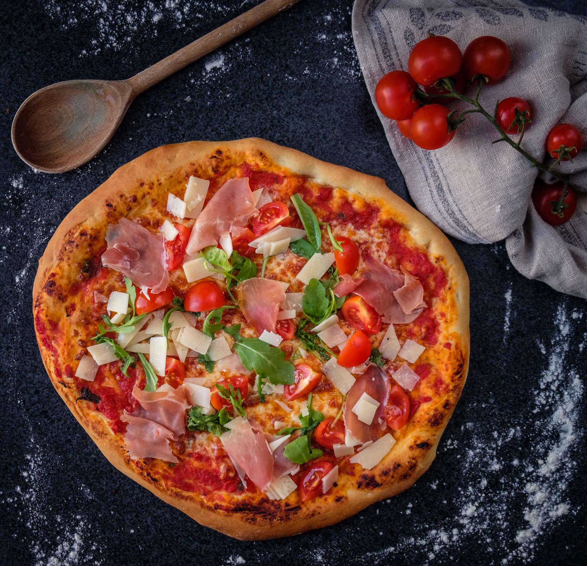 tomatsås pizza recept